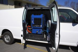 carpet-cleaning-corona-machine-in-van